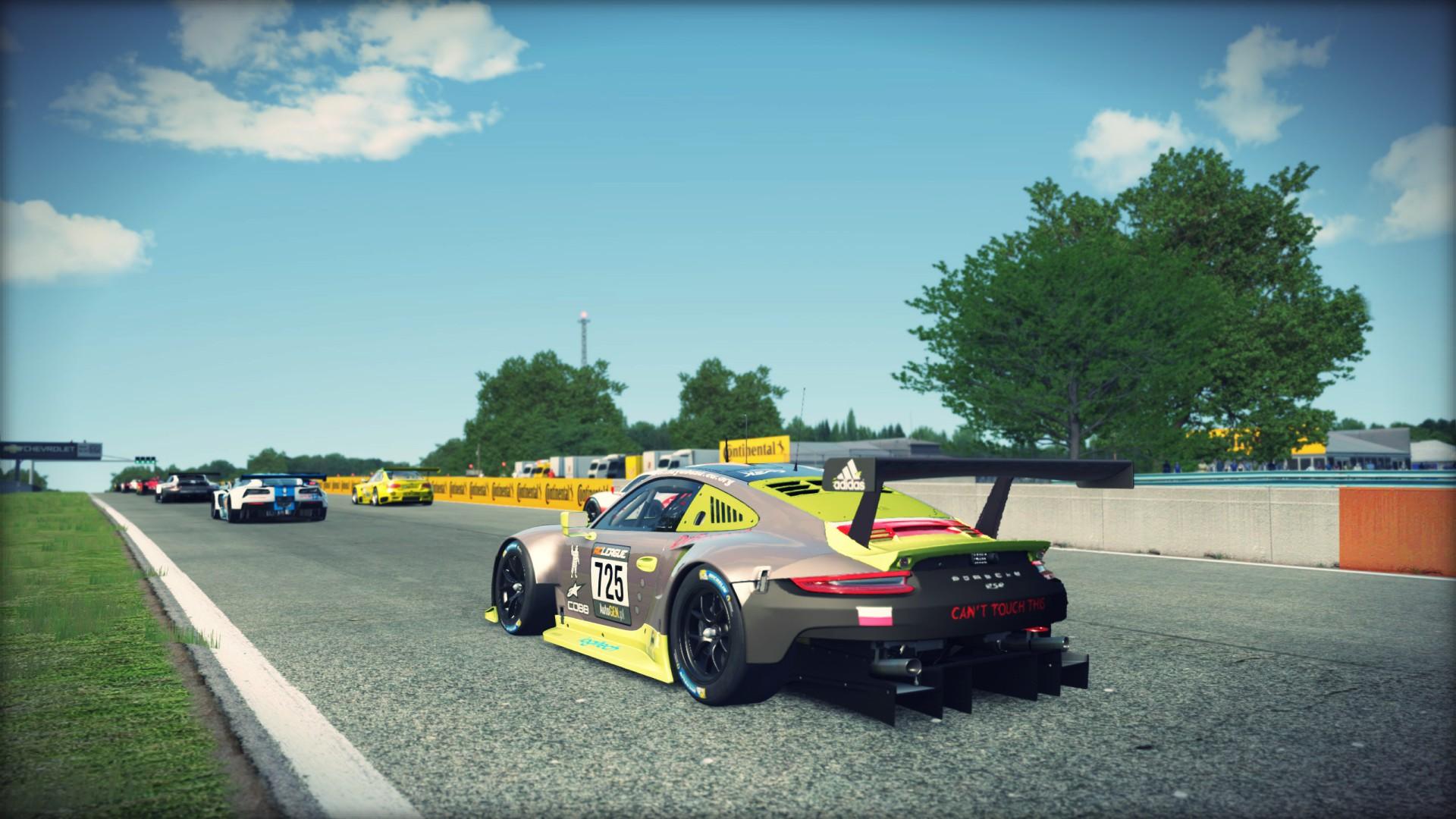 Porsche-911-RSR-RoadAmerica-01